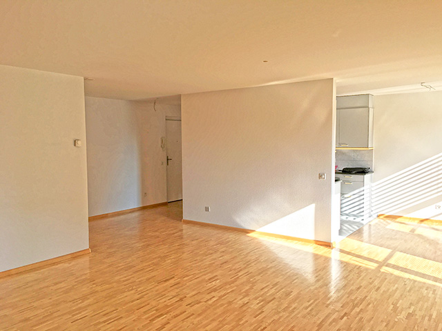 Oberwil - Appartement 3.5 Rooms - Sell buy TissoT real estate