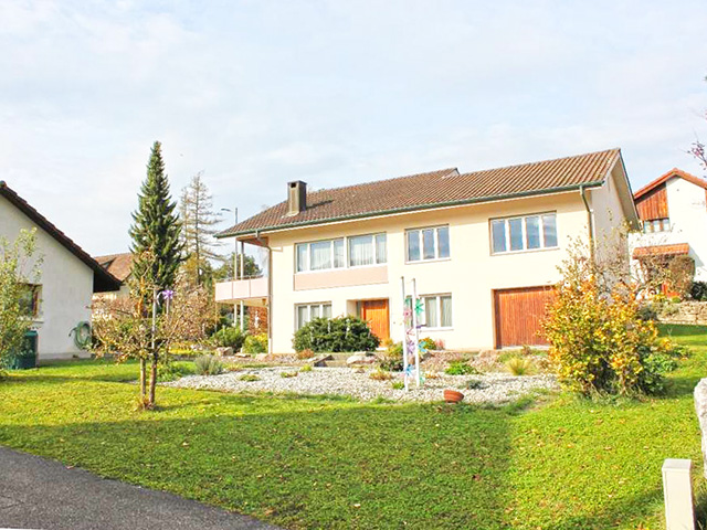 Lupsingen Detached House 5.5 Rooms