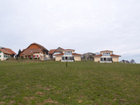 Grandcour -             Detached House 6.5 Rooms