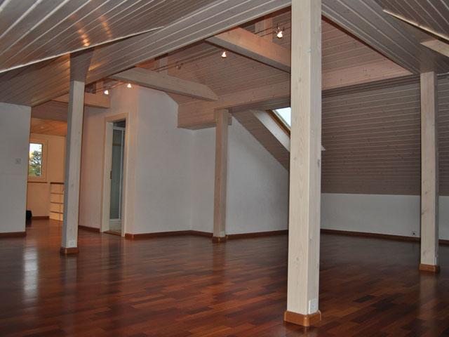 Yverdon-les-Bains Duplex 5.5 Rooms