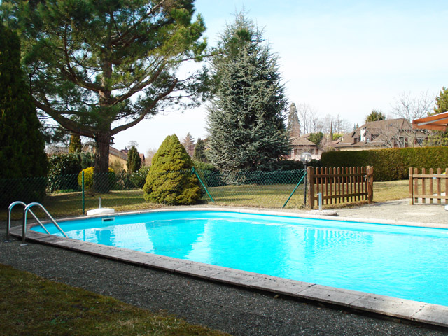 Villa 1807 blonay sale tissot real estate for Piscine tissot