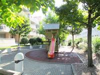 Agence immobilière Grand-Saconnex - TissoT Immobilier : Appartement 5 pièces
