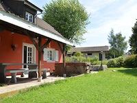 Echallens -             Einfamilienhaus 4.5 Zimmer