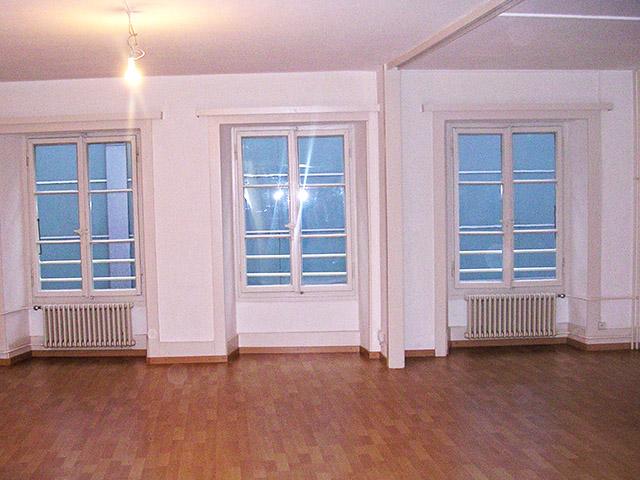 Yverdon-les-Bains - Immeuble commercial et résidentiel - Locali - Vendita acquistare TissoT Immobiliare