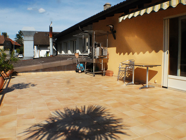 Concise - Immeuble commercial et résidentiel 4.5 Rooms - Sell buy TissoT real estate