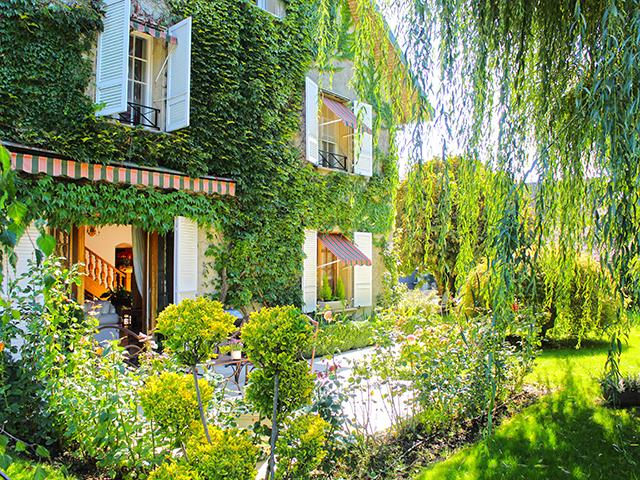 Etoy - Splendide Maison villageoise 8.5 pièces - Vente immobilière