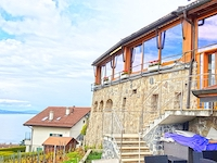 Bien immobilier - Grandvaux - Immeuble commercial et résidentiel 12.0 pièces