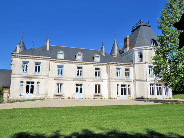 Toucy - Schloss 16.0 rooms - international real estate sales