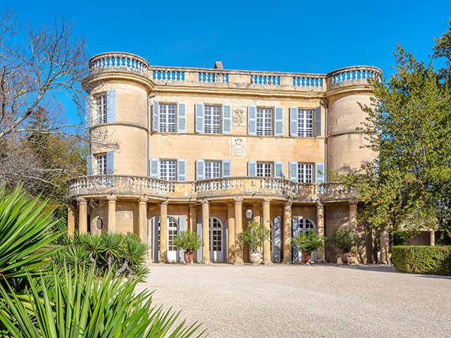 Uzes - Schloss 20.0 rooms - international real estate sales