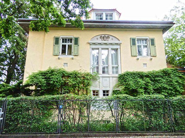 Dresden - Herrschaftshaus 10.0 Zimmer - Immobilienverkauf