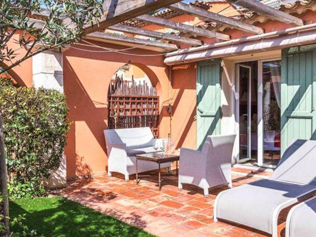 Saint-Tropez TissoT Immobilier : Hôtel 18.0 pièces
