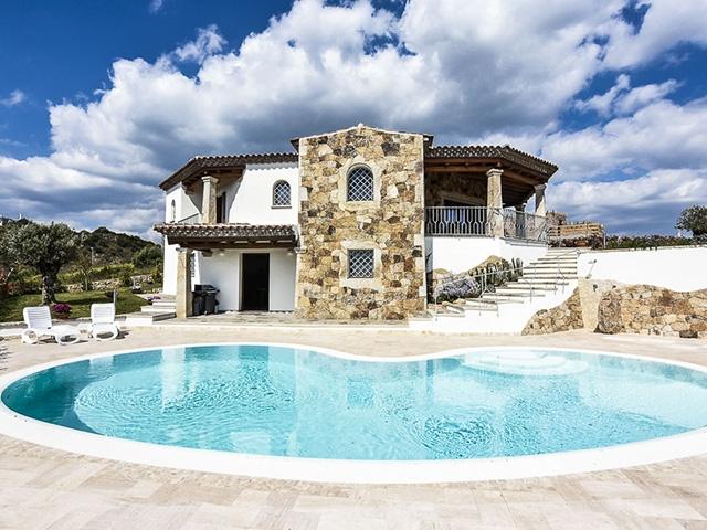 Budoni - Magnifique Maison 9.0 pièces - Vente immobilière