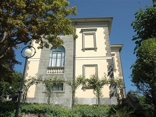 Bien immobilier - Pallanza - Villa 6.5 pièces