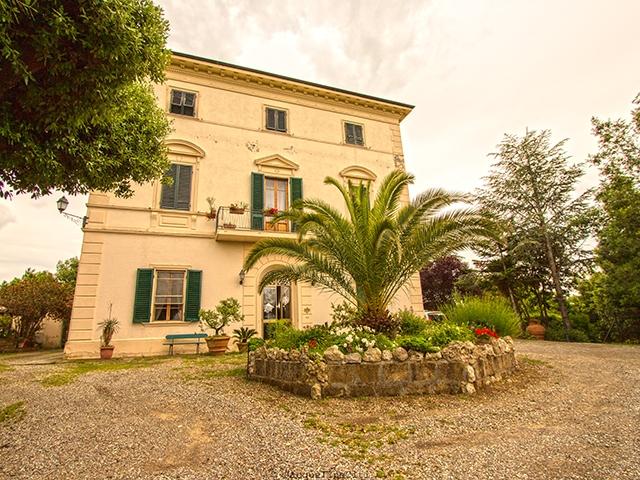Luciana -  Villa - Vendita immobiliare - Italia - Acquistare Affittare Svizzera TissoT