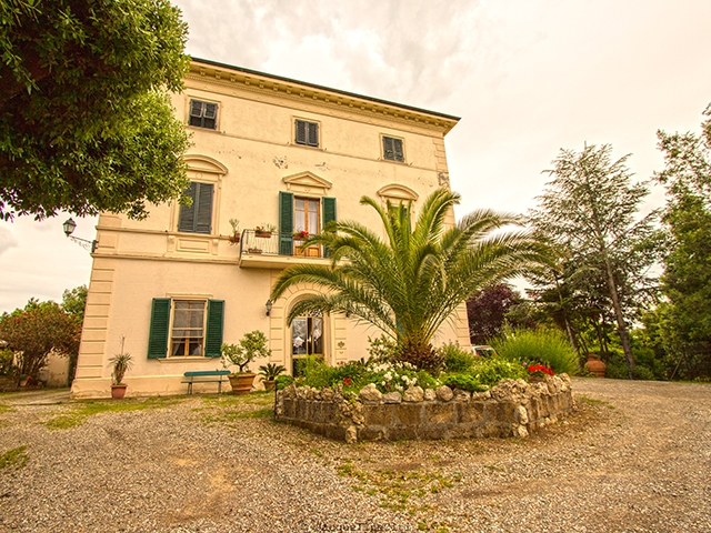 Luciana -  Villa - Immobilienverkauf - Italien - Lux-Homes TissoT