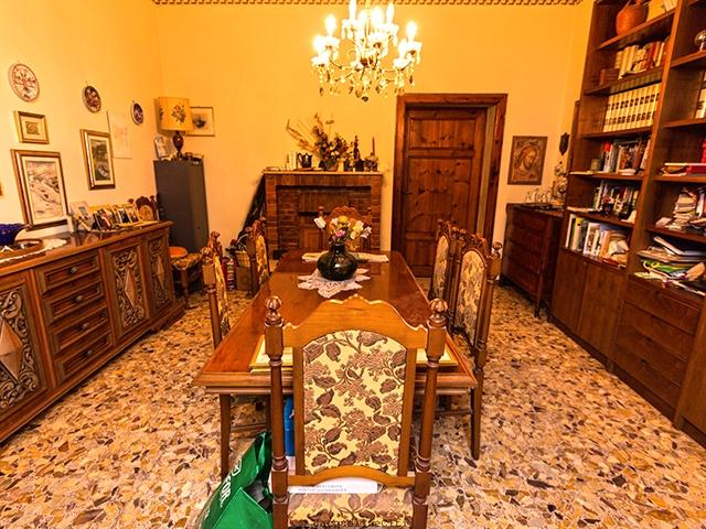 Luciana TissoT Immobilier : Villa 12.5 pièces