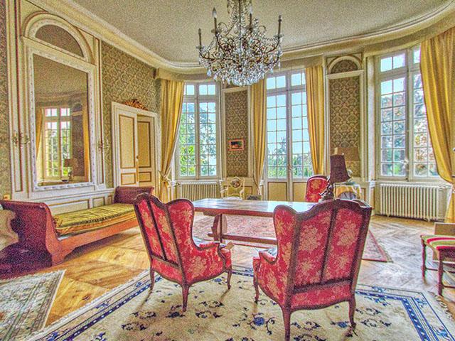 Beaumont-de-Lomagne 82500 LANGUEDOC-ROUSSILLON-MIDI-PYRENEES - Hôtel particulier 14.0 pièces - TissoT Immobilier
