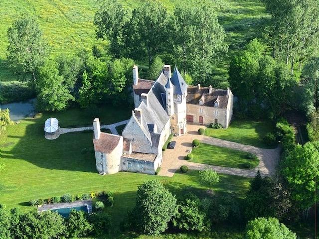 Guérigny - Château 23.0 Zimmer - Lux-Homes Schlösser Ländereien Immobilien Prestige Charme Luxus TissoT