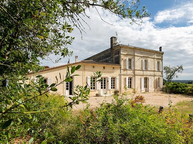 Saint-Martin-de-Laye - Maison 10.0 pièces