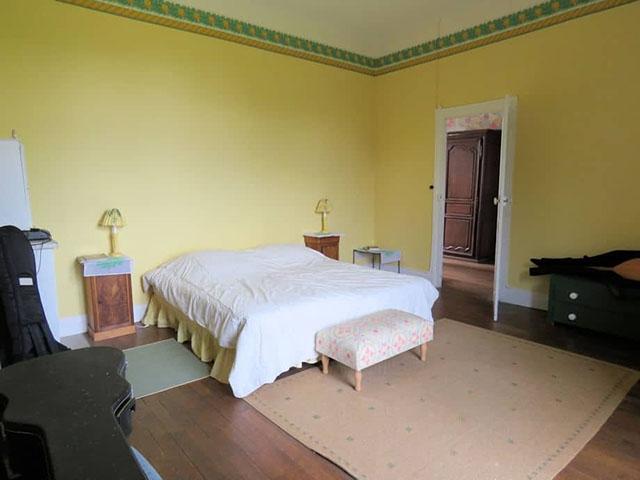 Saint-Pierre-le-Moûtier 58240 BOURGOGNE-FRANCHE-COMTE - Château 14.0 pièces - TissoT Immobilier