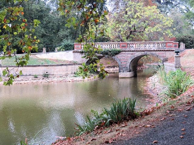 Baugy - Château 29.0 pièces