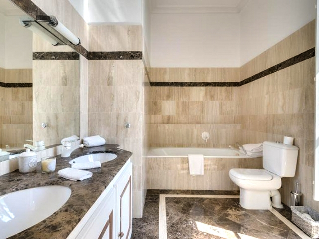 Saint-Tropez TissoT Immobilier : Appartement 7.0 pièces
