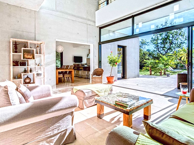 Pierrevert 04860 PROVENCE-ALPES-COTE D'AZUR - Maison 9.0 pièces - TissoT Immobilier