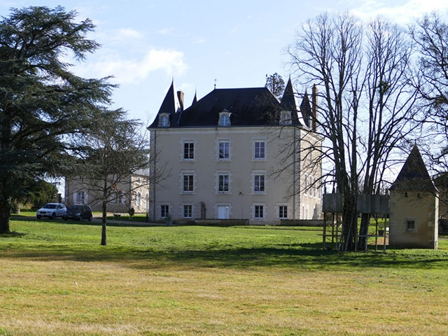 Montmorillon -  Castle - Real estate sale France TissoT Realestate TissoT