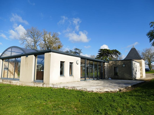 Montmorillon TissoT Immobilier : Château 16.0 pièces