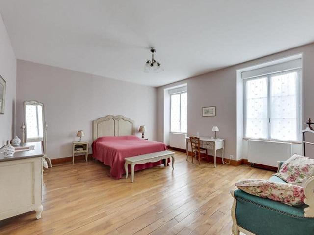 Bien immobilier - Montmorillon - Château 16.0 pièces