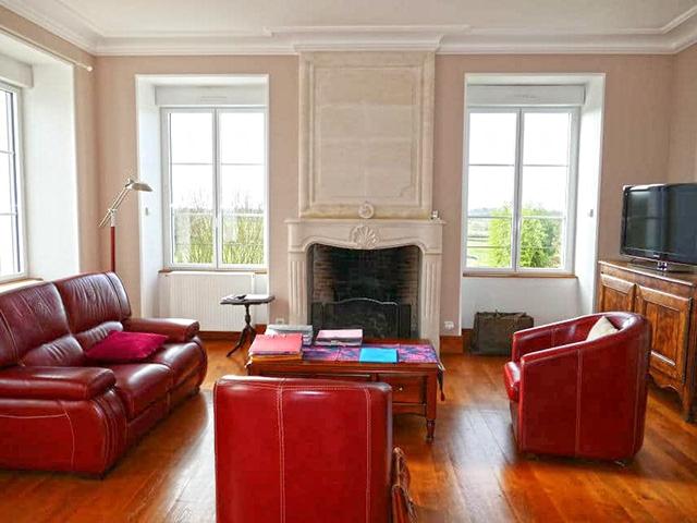 Montmorillon 86500 AQUITAINE-LIMOUSIN-POITOU-CHARENTES - Château 16.0 pièces - TissoT Immobilier