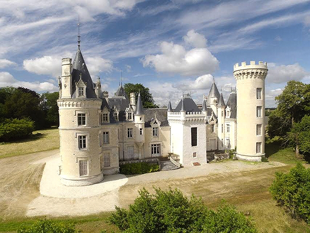 Ruffec - Schloss 52.0 rooms - international real estate sales