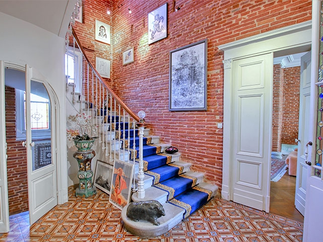 Toulouse Busca 31300 LANGUEDOC-ROUSSILLON-MIDI-PYRENEES - Château 8.5 rooms - TissoT Realestate