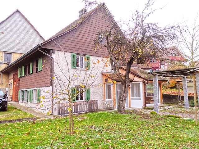 Glattfelden - Bauernhaus 6.5 Комната - Продажи недвижимости