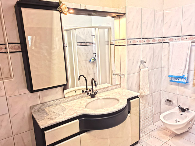 Rüschlikon TissoT Realestate : Maison 6.5 rooms