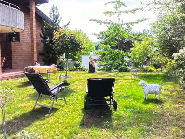 Immobiliare - Reinach - Villa 8.5 locali