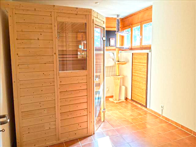 real estate - Reinach - Villa 8.5 rooms