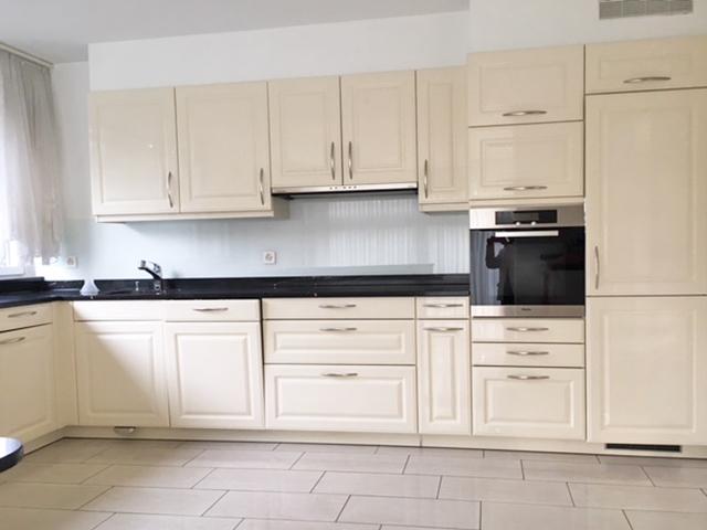 Binningen TissoT Immobiliare : Appartamenti con giardino 4 rooms