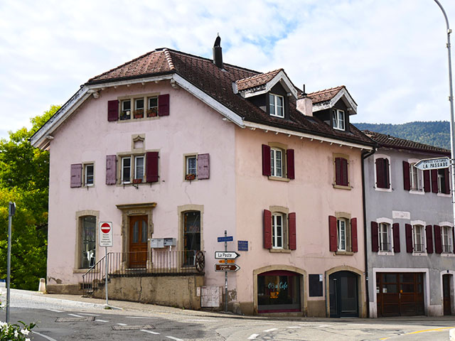 Boudry  -Mehrfamilienhaus 12.0 rooms - purchase real estate