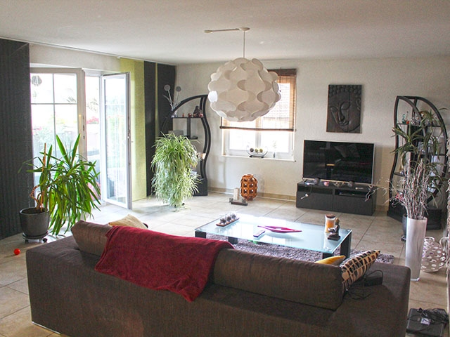 real estate - Lussery-Villars - Rez-jardin 4.5 rooms