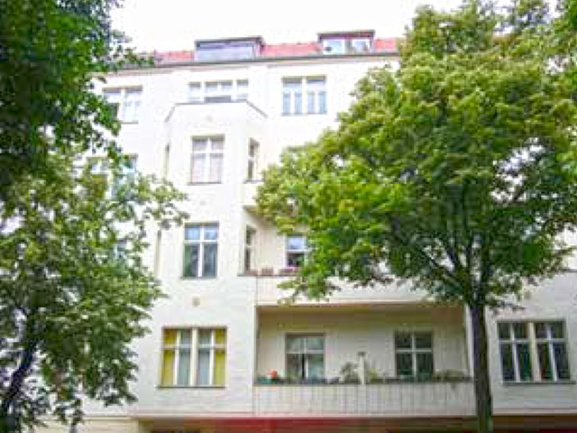 Berlin - Charlottenburg - Immeuble commercial et résidentiel TissoT Immobilien - Verkauf Kauf Transaktion Investition Rendite
