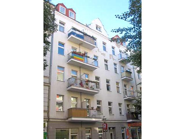 Berlin - Neukoelln - Immeuble commercial et résidentiel TissoT Immobilien - Verkauf Kauf Transaktion Investition Rendite