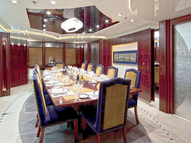 Yachts - TissoT Real Estate : Amels Sarah pièces