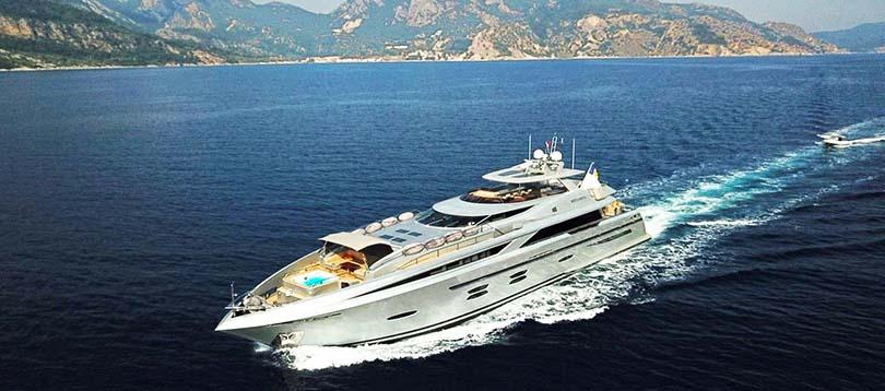 Logos Marine - Splendide Meya Meya 2010 TissoT Yacht Charter  Switzerland