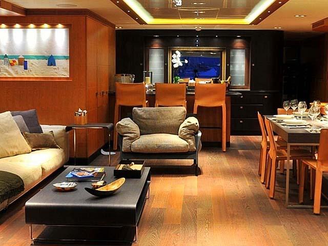 Yachts - TissoT Real Estate : Logos Marine Meya Meya pièces