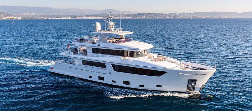 Cantiere Delle Marche - Splendide Nauta Air 108 2016 TissoT Yacht Charter  Switzerland