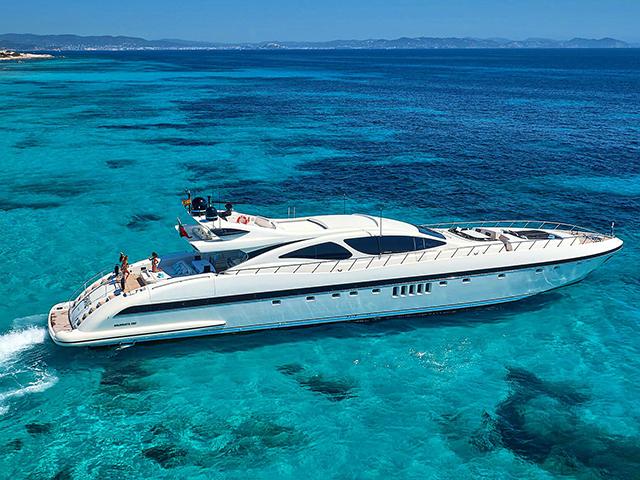 Yacht Overmarine Mangusta 130 TissoT Yachts Switzerland