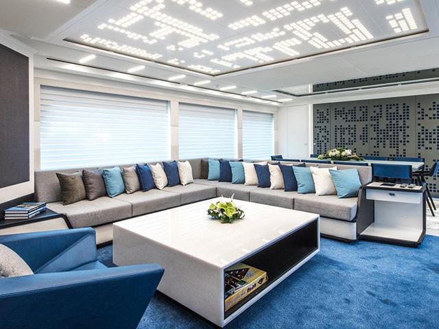 Yacht Mengi Yay Trawler 32 TissoT Realestate International