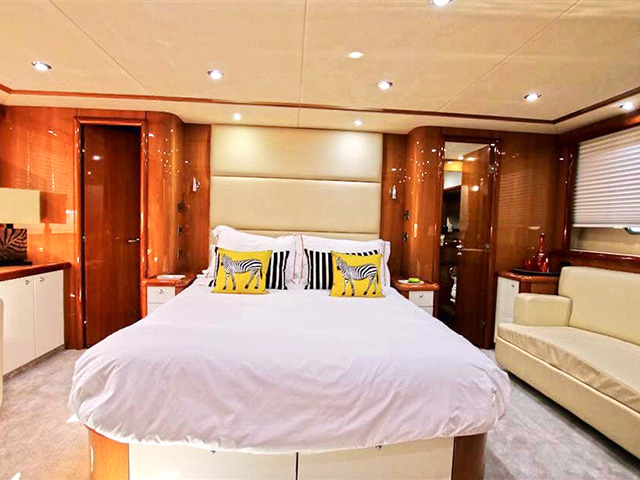 Yacht Sunseeker Sunseeker 75 Tissot Yachts International