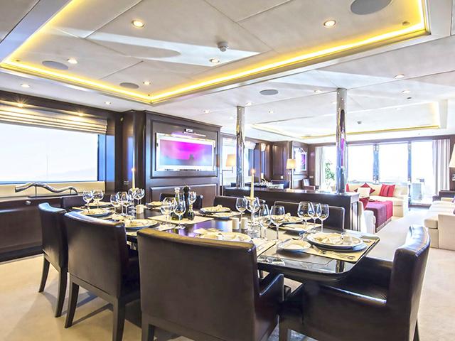 Yacht Sunrise Yachts Dynasty TissoT Jachten Schweiz